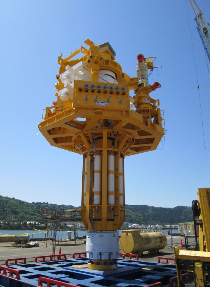 DEEP WELL CAPPING STACK WINCH SYSTEM case study